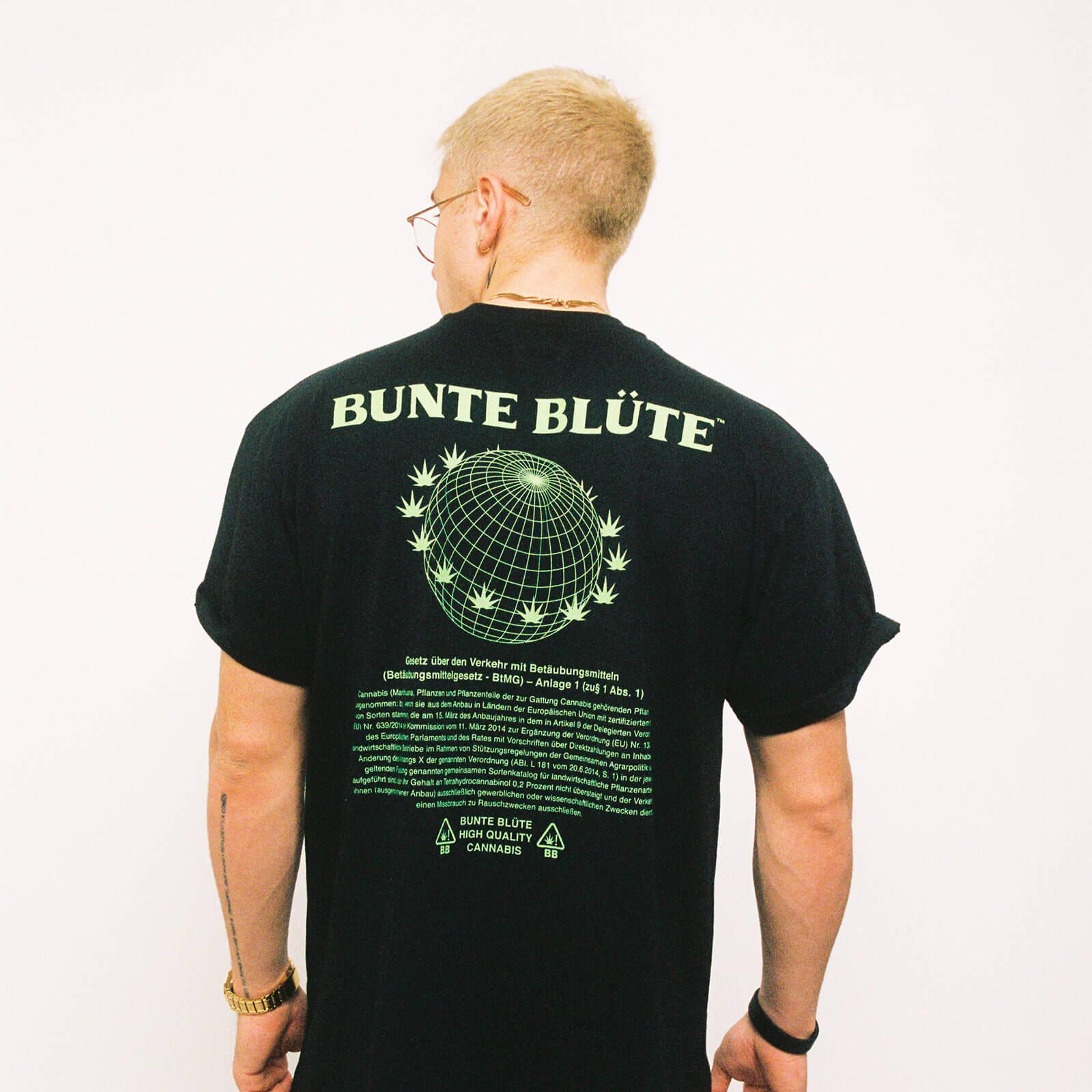 bunte-bluete-cbd-cannabis-merch-tshirt-nutzhanfparagraph-schwarz-hinten-herren-kaufen